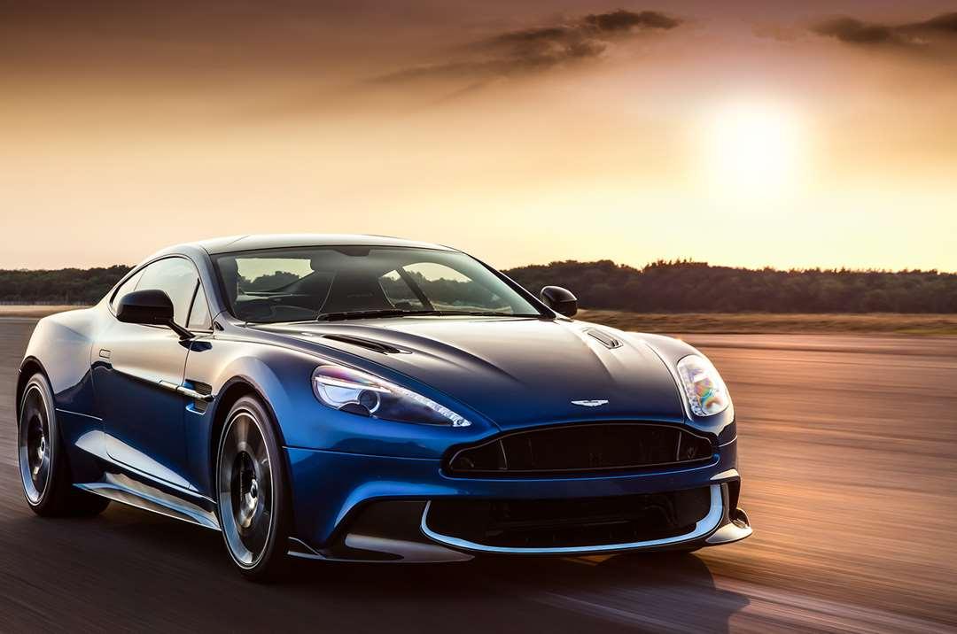 tiêm cầm xe hơi Aston Martin uy tín lãi suất thấp