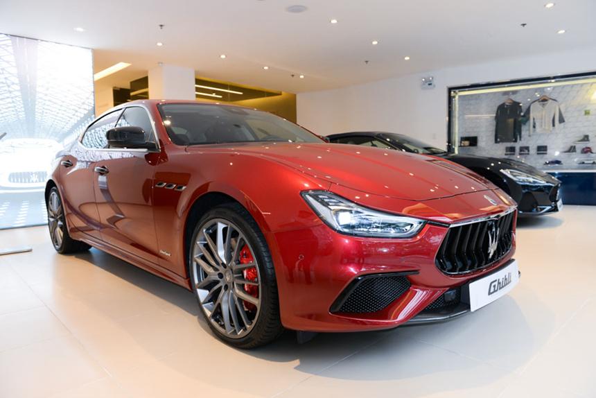 cam xe hoi Maserati