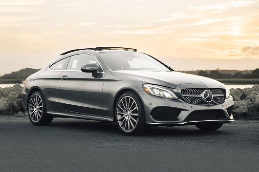 cầm xe ô tô Mercedes-Benz thế chấp ngân hàng