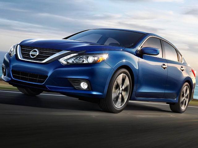 cầm xe ô tô Nissan hcm