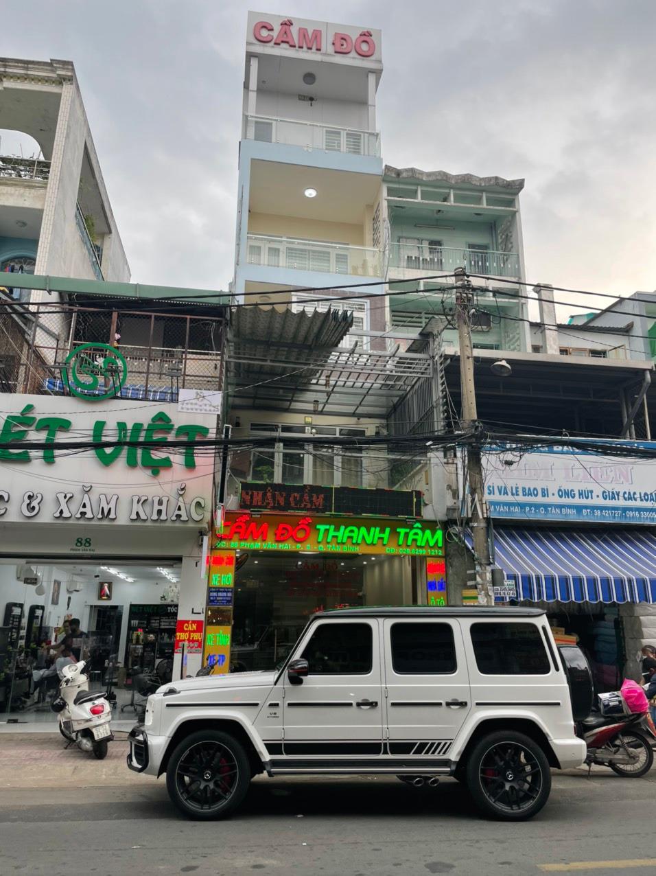 Văn phòng giao dịch camdoxeoto.com tại 86 Phạm Văn Hai, Tân Bình, HCM.